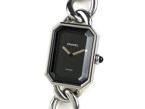 Đồng hồ Chanel màu đen