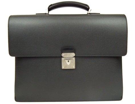 Túi Louis Vuitton Taiga Leather Robusto túi xách nam