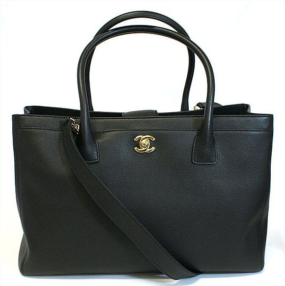 S Túi xách Chanel màu đen
