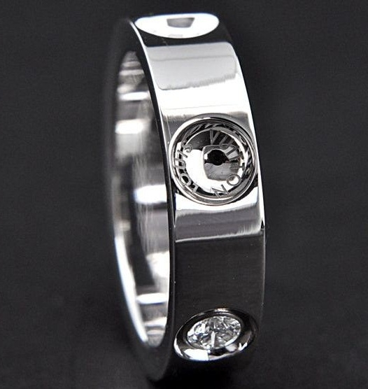 Nhẫn Louis Vuitton K18 kim cương Q9A03A