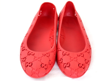 Dép nhưạ Gucci size 37 màu đỏ