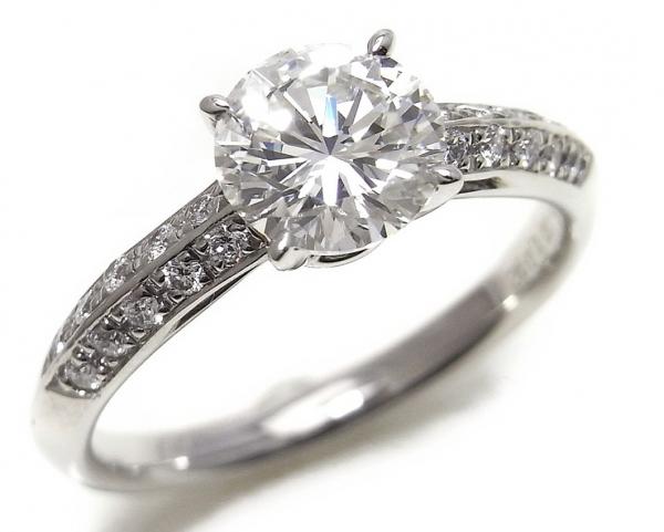 Nhẫn kim cương 1.092ct nước H
