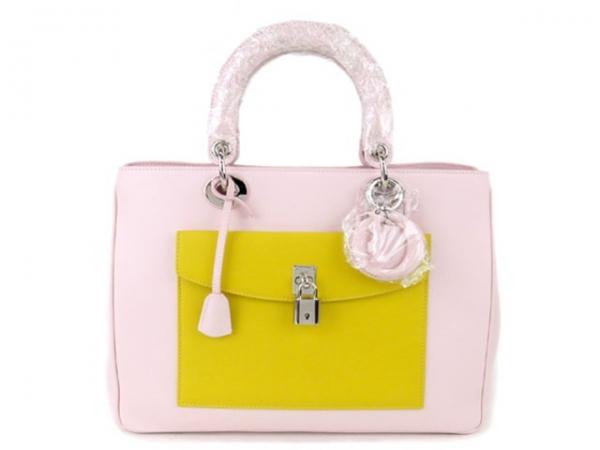 Túi xách Christian Dior màu vàng hồng
