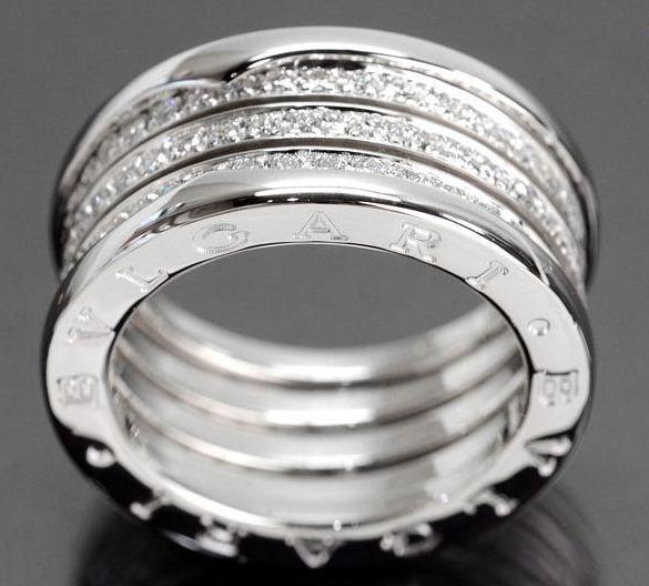 Nhẫn Bvlgari K18WG kim cương size 56