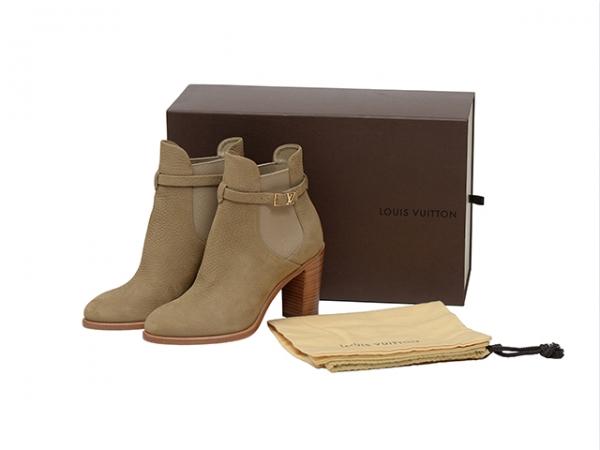 MS4924 Boot Louis Vuitton size 36 1/2 cao 9cm