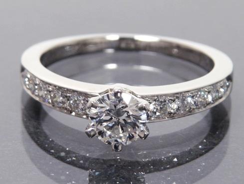 Nhẫn kim cương Tiffany&Co 0.45ct