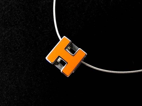 Vòng cổ Hermes màu cam