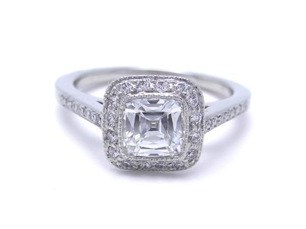 Nhẫn tiffany legacy ring kim cương