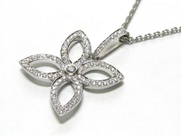 Vòng cổ Louis Vuitton K18WG kim cương
