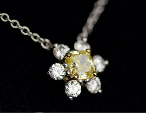 S Vòng cổ Tiffany&Co vàng 750YG Pt950 kim cương