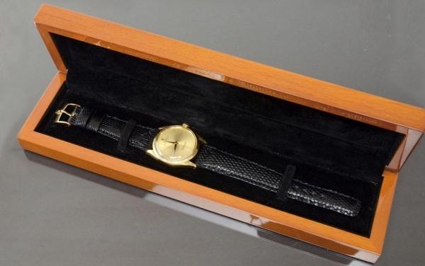 Đồng hồ Rolex Oyster dây da 1005 K18 Cal1560