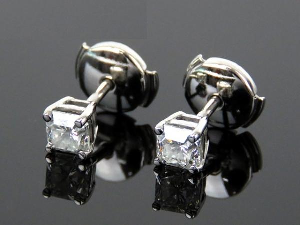 S Bông tai Tiffany&Co Pt950 kim cương 0.88ct