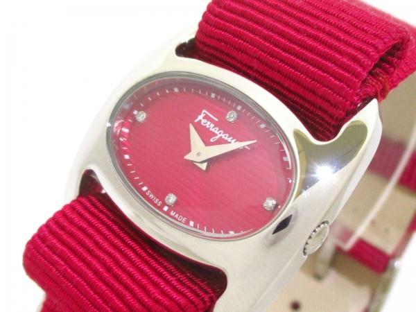 Đồng hồ Ferragamo kim cương 4P màu hồng đỏ
