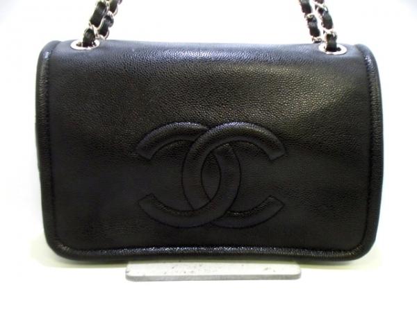 Túi đeo vai Chanel màu đen
