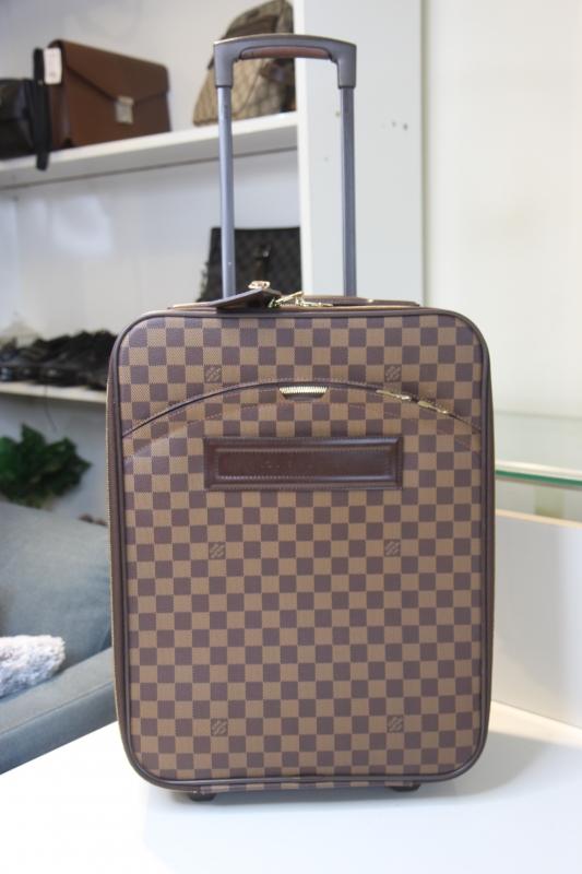 VL31 Vali Louis Vuitton damiet size 45