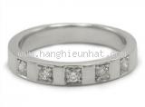 Nhẫn BVLGARI PT950 x half diamond