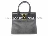 MS1768 Túi Salvatore Ferrgamo handbag màu đen vara