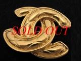 Cài áo Chanel gold plated Chanel pin logo