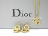 Vòng cổ Christian Dior đính đá màu vàng