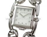 Đồng hồ Gucci 116.3 kim cương mặt số