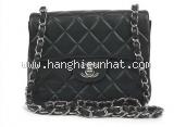 Túi xách Chanel lambskin nhỏ màu đen