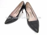 Giày Ferragamo size 5 1/2 D màu đen