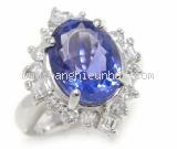 Nhẫn saphia xanh 6.155ct