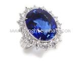 Nhẫn kim cương saphia xanh 14.74ct , kim cương 3.102ct