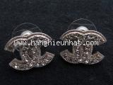 Bông tai Chanel đính đá