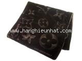 Khăn Louis Vuitton nhung màu nâu