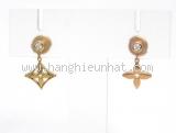 Bông tai Louis Vuitton K18YG/PG kim cương