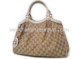 Túi xách Gucci màu be 211944