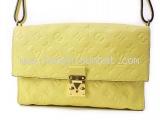 Túi xách Louis Vuitton màu vàng M41035