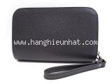 Túi cầm tay Louis Vuitton taiga M30182