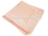 Khăn Louis Vuitton màu hồng