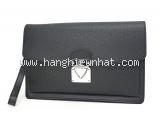 Túi cầm tay Louis Vuitton taiga nam M32592