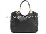 Túi xách Ferragamo màu đen 21-B974