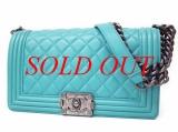 Túi xách nữ Chanel Boy màu xanh dương