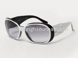 Kính mắt Chanel màu đen trắng 5113