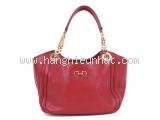 Túi xách Ferragamo màu đỏ