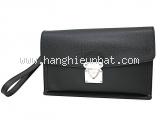SA Túi cầm tay Louis Vuitton taiga màu đen M32592