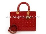 A Túi xách Christian Dior màu đỏ