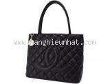 Túi xách nữ Chanel Tote A01804 màu đen