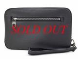 S Túi cầm tay Louis Vuitton màu đen M32902