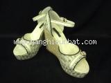 Sandal Louis Vuitton màu trắng ghi size 35 1/2
