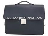Cặp xách Louis Vuitton taiga M32640
