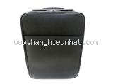 Vali Louis Vuitton taiga màu đen M23272