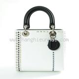 S Túi xách Christian Dior màu trắng