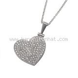 Vòng cổ Louis Vuitton trái tim kim cương