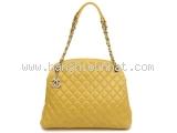Túi xách Chanel màu vàng